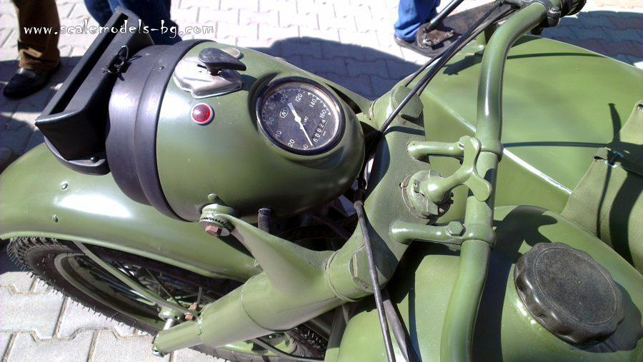components/com_spgm/spgm/gal/Motorcycle%20M-71%20with%20Sidecar/IMAG6754.jpg